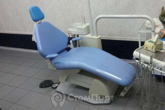 Продаю стоматологическую установку Century б/у