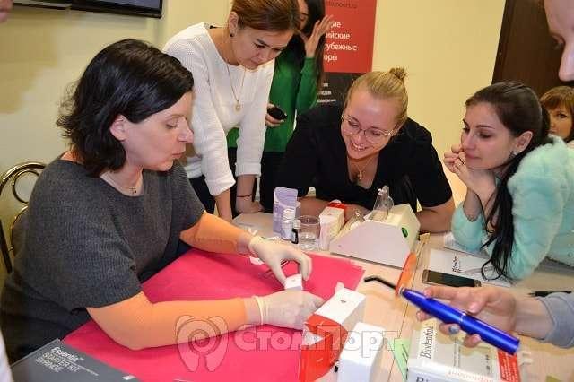 Детские стоматологи в учебном центре СтомПорт