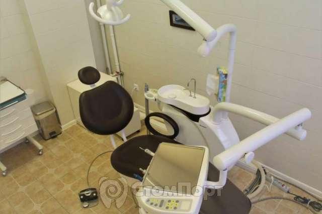 Продается стоматологическая установка Chiromega 654 Duet